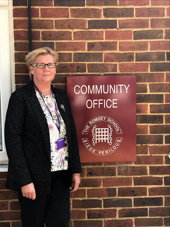 Jan Lefley : Managing Director